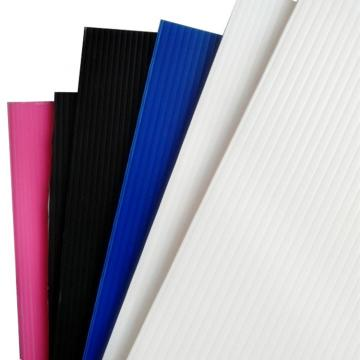 China Colored Polycarbonate PC Hollow Board with UV Protection
